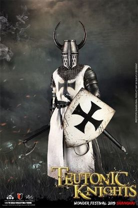 Coo Model WF2019 The Crusader Teutonic Knight